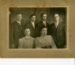 "Children of Constantine ""Tom"" & Salinda Breneman - Back: Ira, Albert, Harvey, Otto Front: Carrie & May"