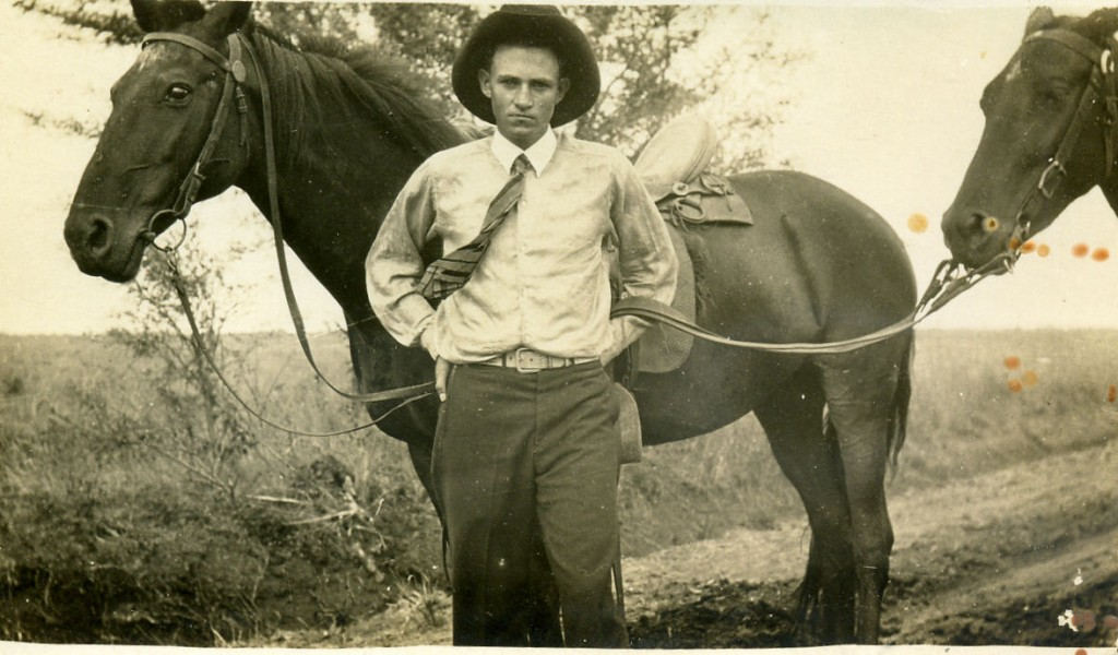 Daryl Jones, Sr. and his Horse Golden River
